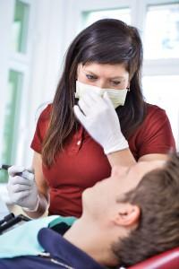 Zahnarzt Berlin Lichtenberg bei Behandlung