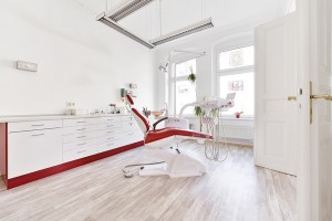 Behandlungszimmer vier Zahnarzt Berlin Lichtenberg