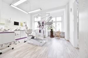 Behandlungszimmer zwei Zahnarzt in Lichtenberg