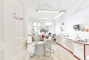 Zahnarzt Behandlungszimmer in Berlin