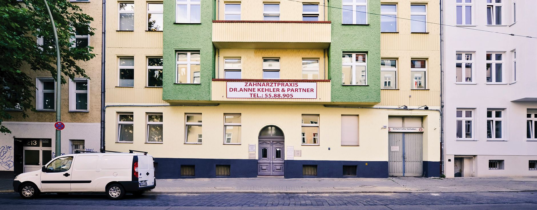 Hausansicht Zahnarzt, Siegfriedstraße 212, 10365 Berlin Lichtenberg